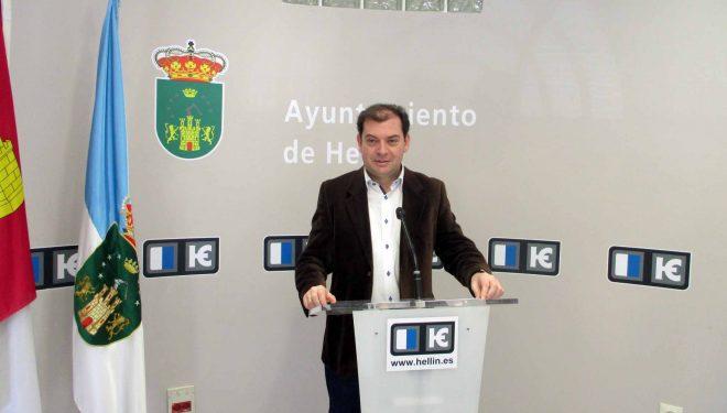 Morcillo propone que el Ayuntamiento recupere el contrato de limpieza de Edificios Públicos