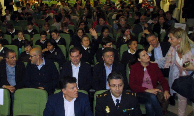 Acto de entrega del carnet de ciberexpertos / EFDH