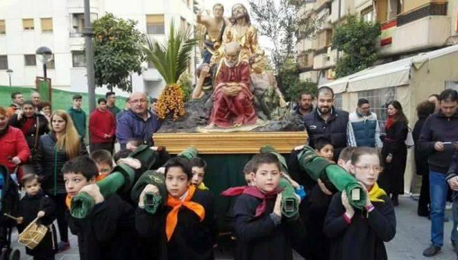 Comienzan los ensayos para portar la talla infantil de la Hermandad de la Oración del Huerto