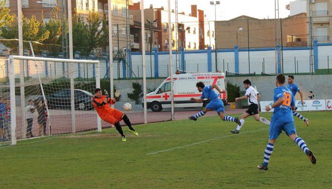 Una trabajada victoria del Hellín Deportivo que le da paso a la final de la fase de ascenso