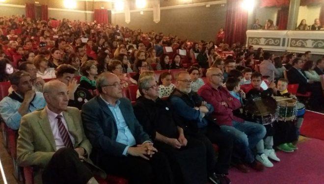 Entrega de diplomas de las Escuelas de Tamborileros y premios al Concurso de Fotografías