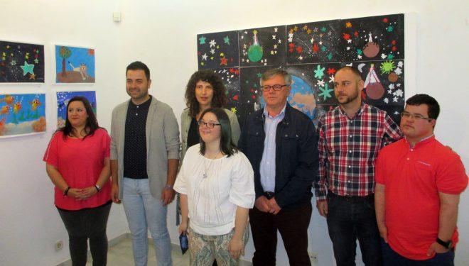 """Inaugurada en el Museo Comarcal la exposición """"La mente en la mano"""""""