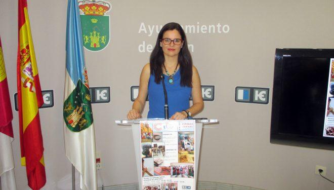 Beatriz Jiménez informa de los actos programados con motivo de la clausura del curso de la UP