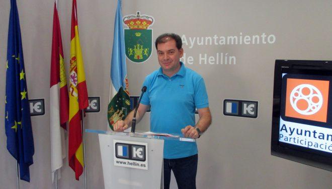 Morcillo presenta la publicación definitiva del texto del Reglamento de Participación Ciudadana