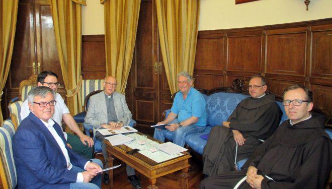 Se firma el convenio sobre el Convento de los Franciscanos