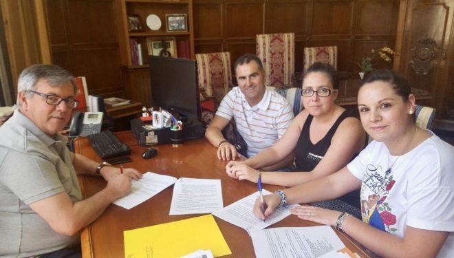 Renovado el convenio de colaboración entre el Ayuntamiento y la Unión Musical Santa Cecilia