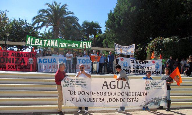 Manifestación en Hellín para pedir los derechos del agua / EFDH.