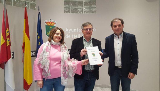 Ramón García presenta el Presupuesto Municipal para el 2018 que se eleva a 19.313.932 euros