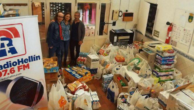 La Maratón Solidaria de Radio Hellín recogió más de 3.200 kilos de alimentos