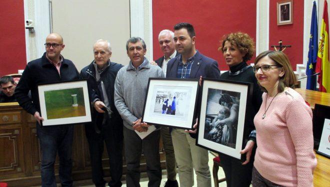 """Entrega de premios del Concurso de Fotografía """"Hellín Solidario"""" y homenaje al Voluntariado"""
