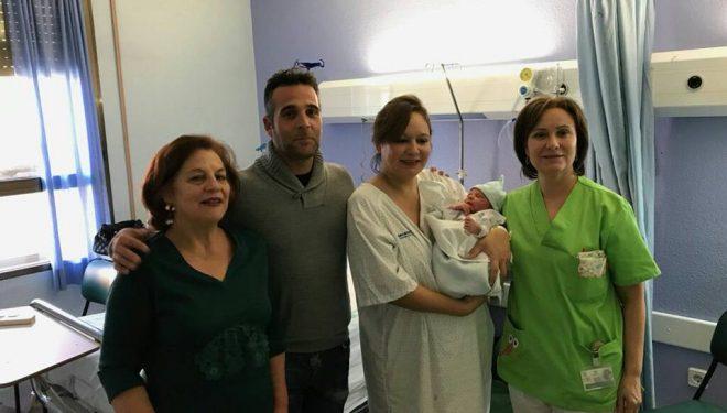 Aarón, nacido en Hellín, primer niño del año 2018 en Castilla-La Mancha