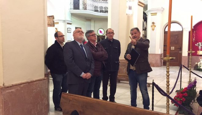 El Gobierno regional estudia colaborar en el refuerzo arquitectónico de una de las naves de la ermita de la Virgen del Rosario en Hellín