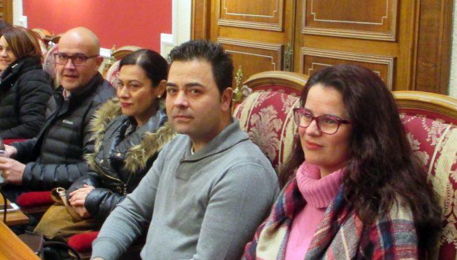 Emilio J. Pinar quiere que el Ayuntamiento controle y regule las sedes y peñas de la Semana Santa