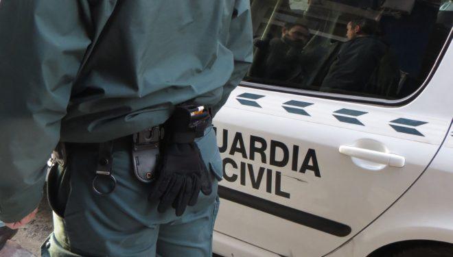 La Guardia Civil detiene a un vecino de Hellín por supuesto tráfico de drogas