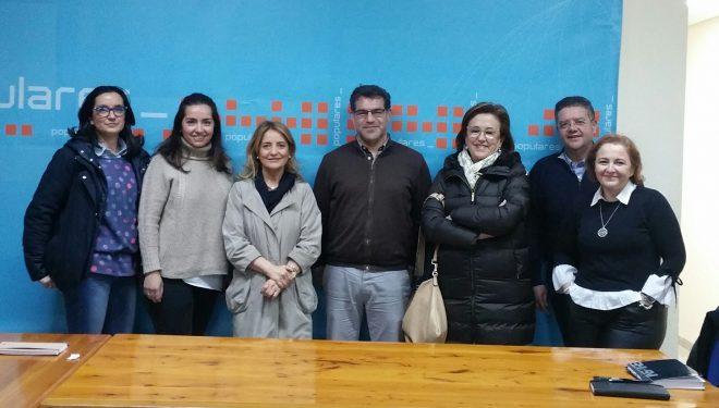 El presidente del PP de Hellín, Manuel Serena, inicia una ronda de contacto con los colectivos de Hellín
