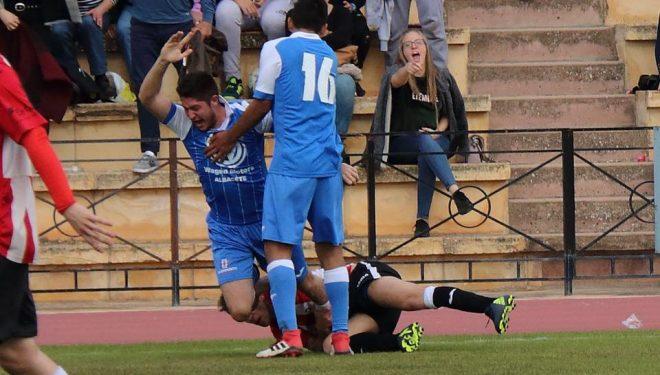 El Hellín gana al Atletico Tarazona y se asegura el liderato