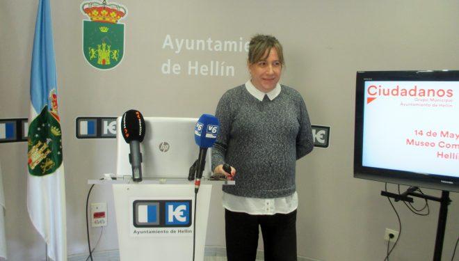 María Jesús López muestra su total disconformidad con el cierre del Museo Comarcal