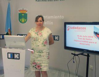 La concejala de Ciudadanos, María Jesús López, pone sobre la mesa la posibilidad que los trenes de pasajeros no pasen por Hellín