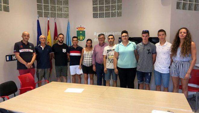 El Ayuntamiento hace pública la relación de becas individuales para deportistas hellineros