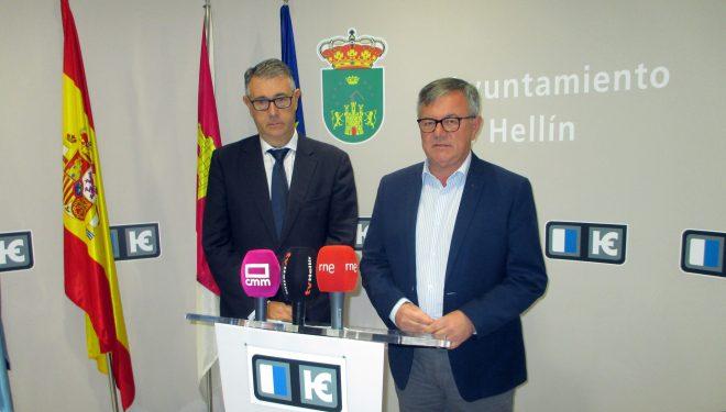 Relación exhaustiva de peticiones de Ramón García al presidente de la CHS