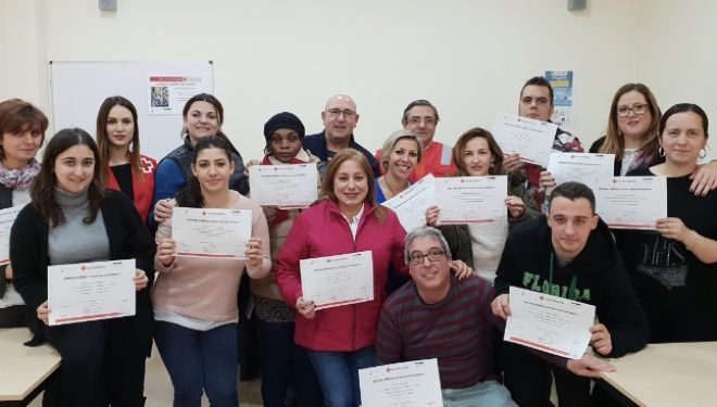Cruz Roja de Hellín lleva a cabo un curso teórico-práctico de ayudante de cocina