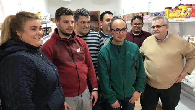 El empresario Antonio Soler, dona 4.000 kilos de alimentos a Cáritas