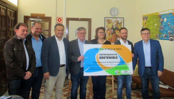 """El Colegio Público de Educación Especial """"Cruz de Mayo"""" recibe el premio AGENDA 21 Escolar"""