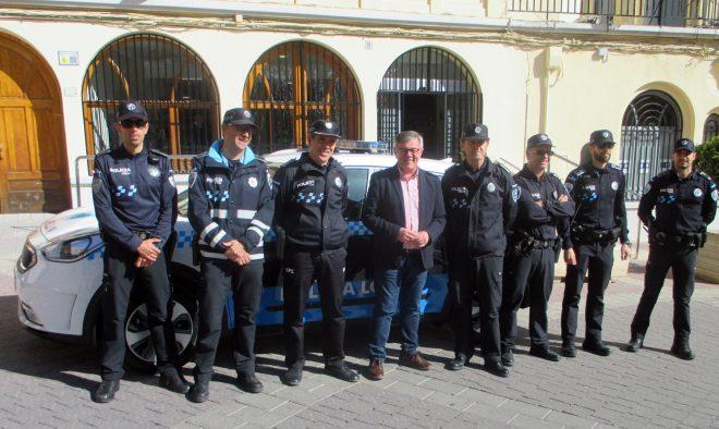 Nuevo coche para la Policía Local / EFDH.
