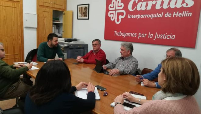 Ramón García lleva a cabo una ronda de contacto