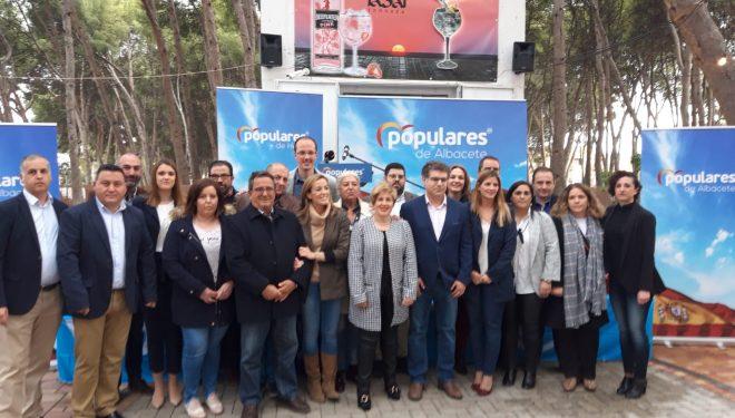 """Manuel Serena presenta """"una lista de futuro"""" para luchar por la alcaldía de Hellín"""