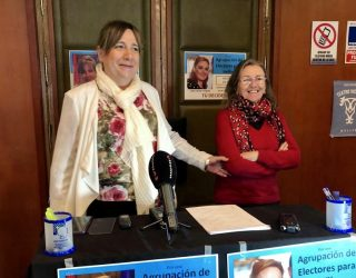 María Jesús López y su equipo inician la recogida de firmas para constituir una agrupación de electores