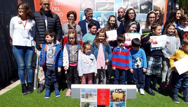 Gran ambiente en la III edición de la Fiesta del Libro instalada en la Rosaleda del Parque