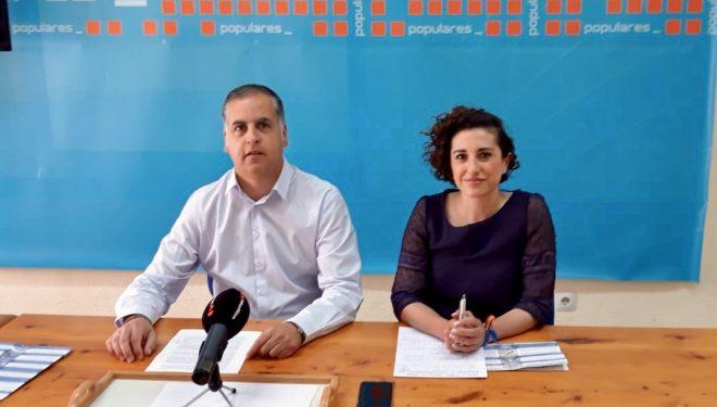 Pedro García y Sonia Mascuñán, protagonizaron la nueva rueda de prensa del PP