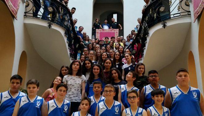 Homenaje del Ayuntamiento a los deportistas de Hellín en la IV Gala del Deporte