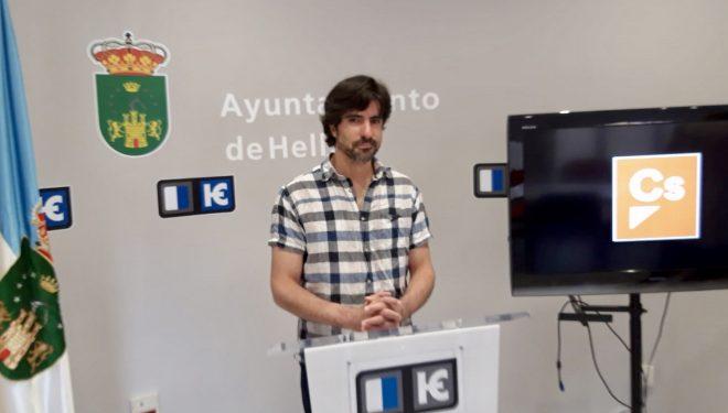 Mario Artesero niega la obligación de los concejales de fichar en el Ayuntamiento