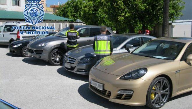 Detenido un hombre que causó daños en 32 vehículos y un local de hostelería de la ciudad