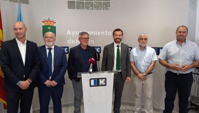 José Luis Escudero inaugura la nueva oficina de la OMIC