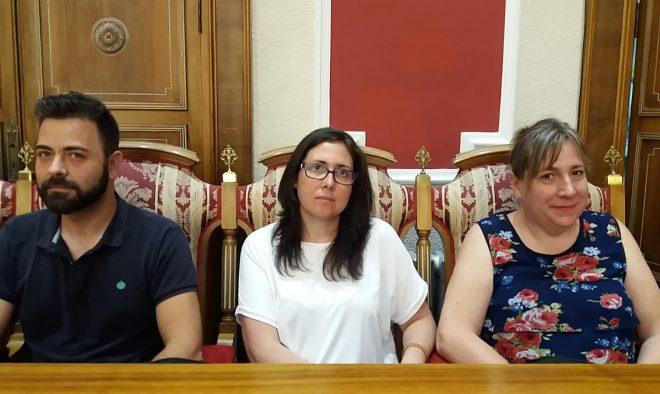 Emilio Pinar y Fabiola Jiménez PSOE. María Jesús AEH. / EFDH.
