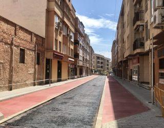 Los comerciantes de las calles Balmes y Fortunato Arias piden una zona de carga y descarga