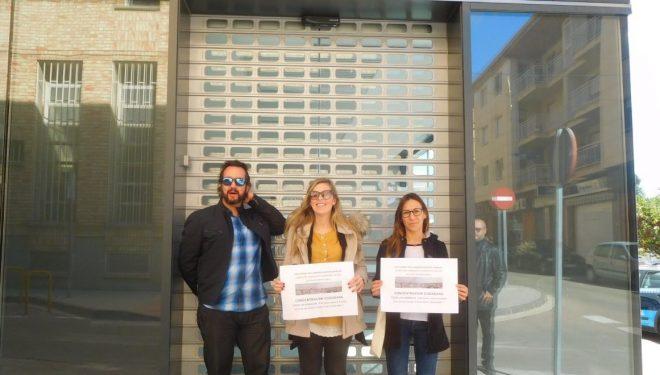 Unidas Podemos se une a la concentración para exigir la apertura del Centro de Salud, nº 1