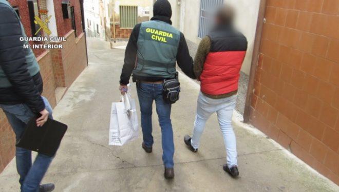 La Guardia Civil desarticula una importante organización internacional dedicada al tráfico de seres humanos