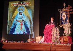 Presentación de las revistas y carteles de la Semana Santa y la Tamborada