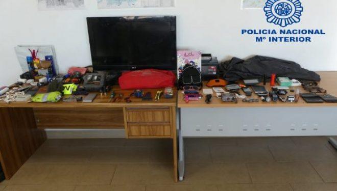Dos detenidos por varios robos con fuerza en Hellín