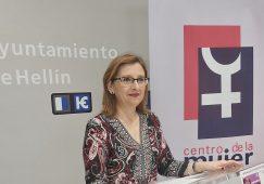 Exposición de pintura, sesión cinematográfica y ruta turística para conmemorar el Día Internacional  de la Mujer