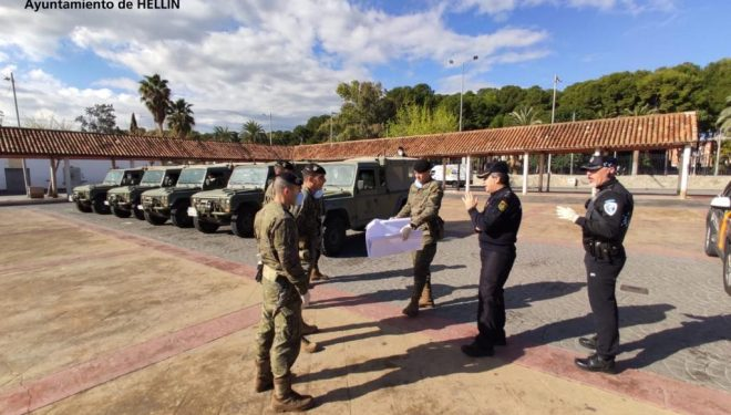 Llegada a Hellín de 27 militares paracaidistas para apoyar a la Policía Nacional