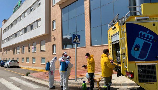 El Plan de limpieza del Gobierno de Castilla-La Mancha ha actuado en residencias y centros sociosanitarios de los Campos de Hellín