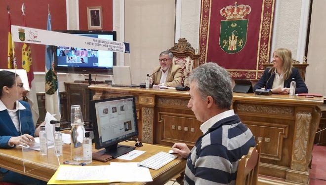 Se aprueba el servicio de Ayuda a Domicilio por tres años y un importe de tres millones de euros