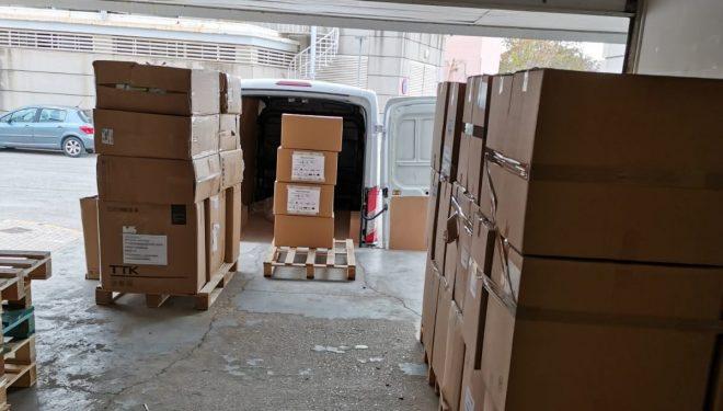 Llegan al Área de Atención Integrada de Hellín un nuevo envío de material sanitario