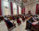 Los partidos de la oposición  piden a Mª Jesús López Iniesta que se disculpen por su comportamiento en el pasado Pleno