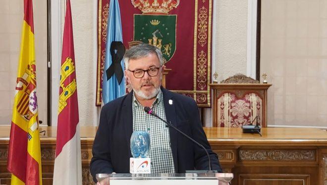 Ramón García hace la primera evaluación del incendio del Hospital